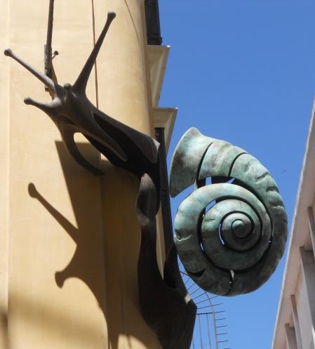 ¡La espiral por las paredes!