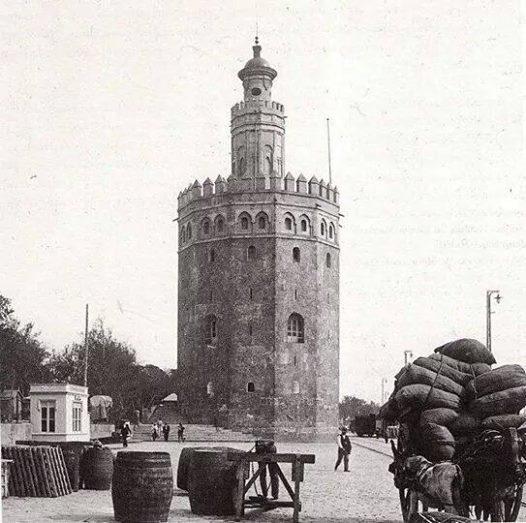 torre del oro 1904
