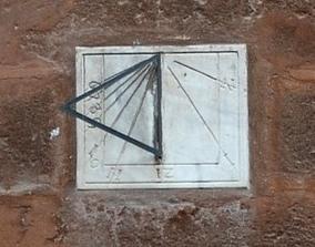 Reloj de Sol Puerta de Campanillas