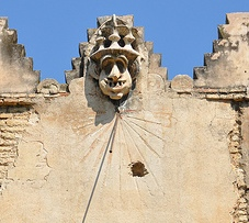 Reloj Puerta Perdon